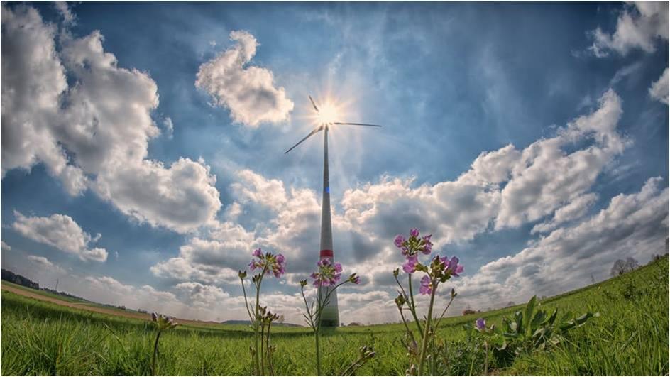 pearlblue-tech-solar-gadget-techs
